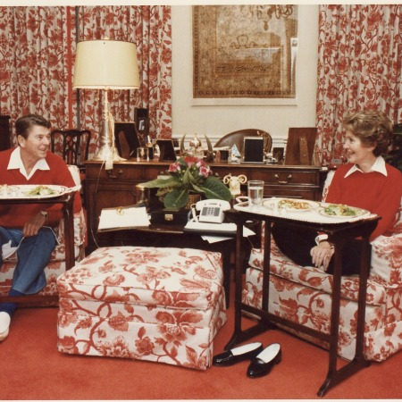 Ronald and Nancy Reagan with TV trays