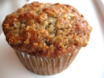oatmeal muffins recipe oatmeal muffins b jpg tweedy oatmeal muffins ...
