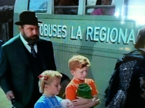 Buffy and Jody approach bus