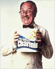 Mr. Whipple squeezes the Charmin
