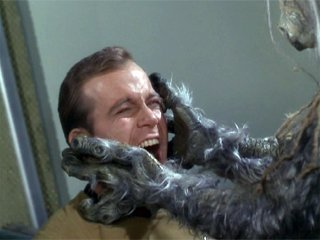 Salt creature tries to kill kirk