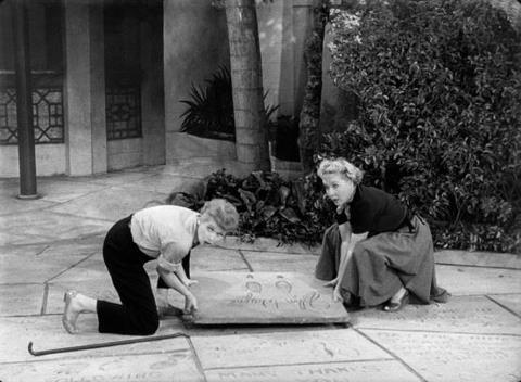 Lucy and Ethel at Graumans