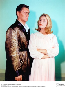 Dick York and Elizabeth Montgomery as Darrin and Samantha