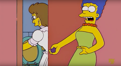 Marge sees Veronica peeing standing up